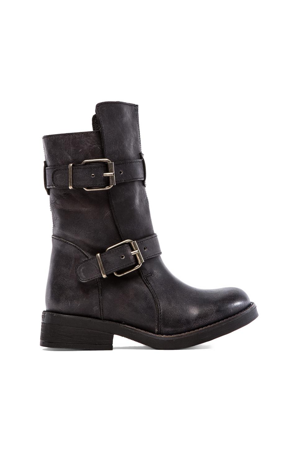 Steve Madden Caveat Boot in Black