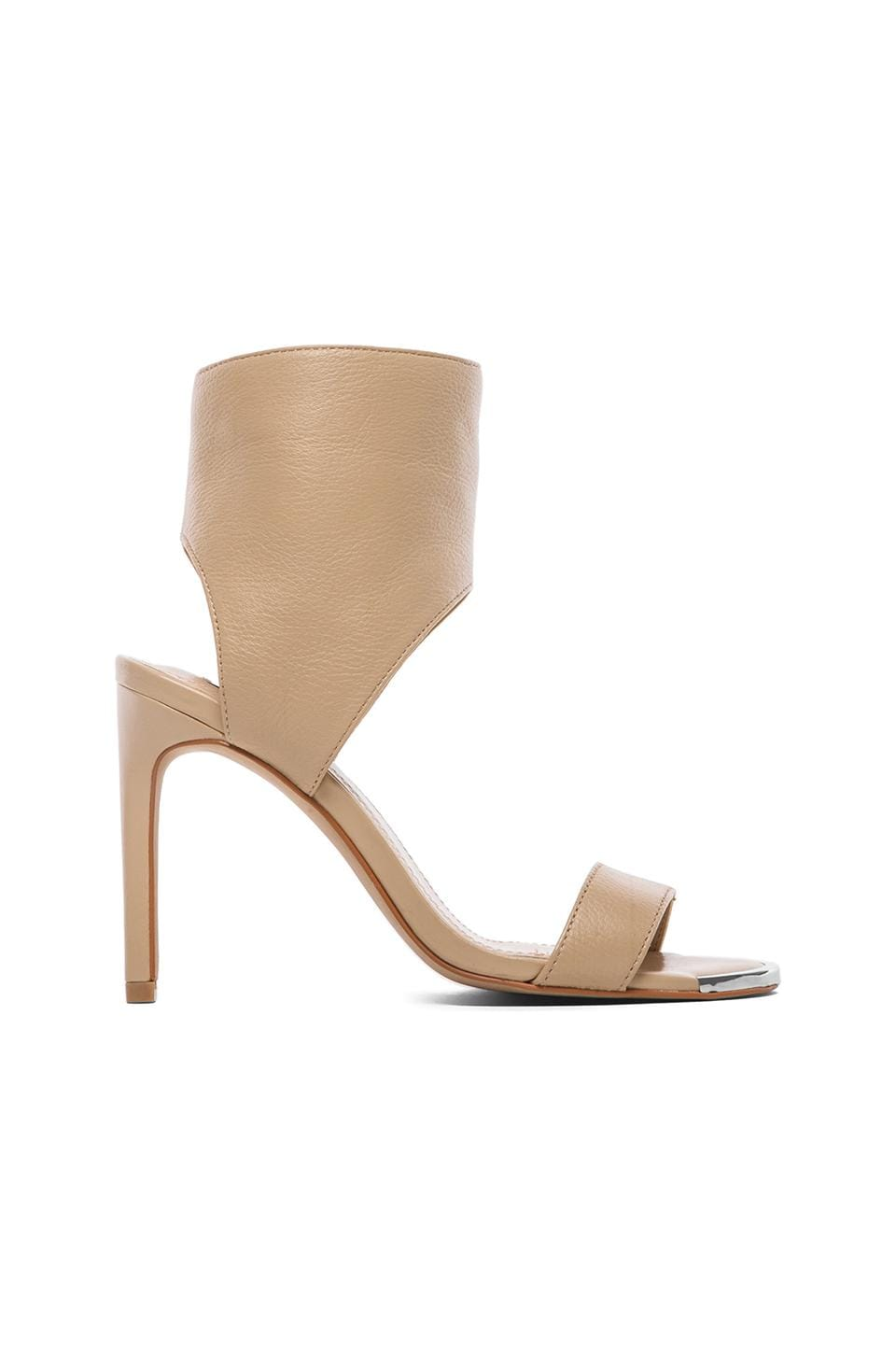 Steve Madden Dallas Heel in Nude
