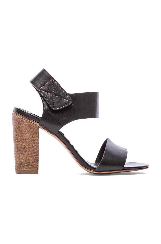 Steve Madden Confidence Sandal in Black Leather