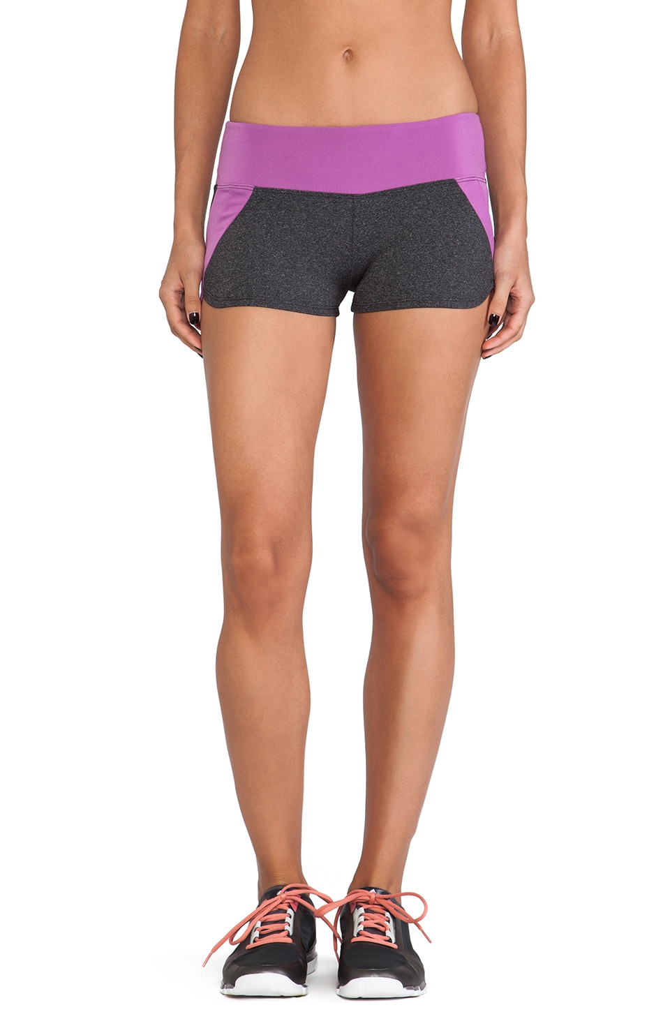 SOLOW Running Short in Heather Charcoal & Amelia