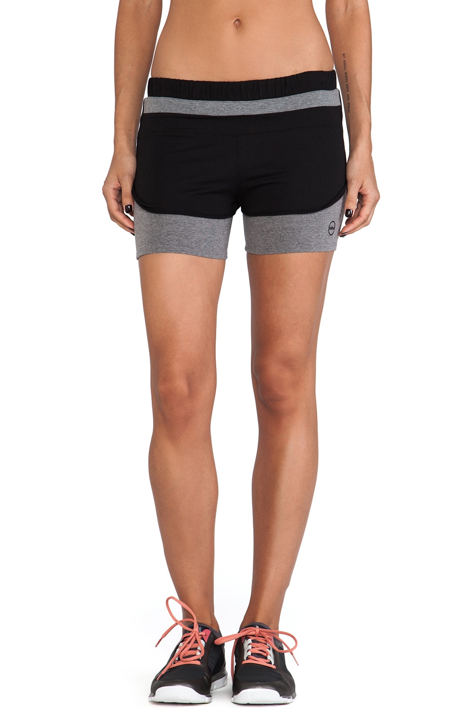 SOLOW Colorblock Running Short in Black & Medium Heather Grey