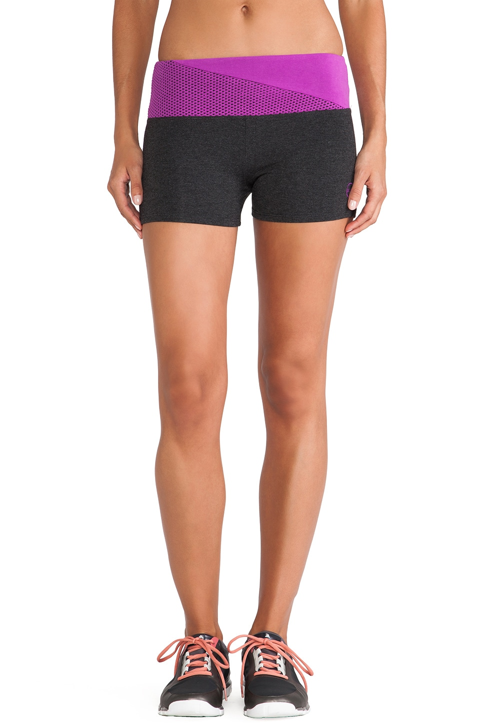 SOLOW Contrast Mesh Booty Short in Heather Charcoal & Vixen