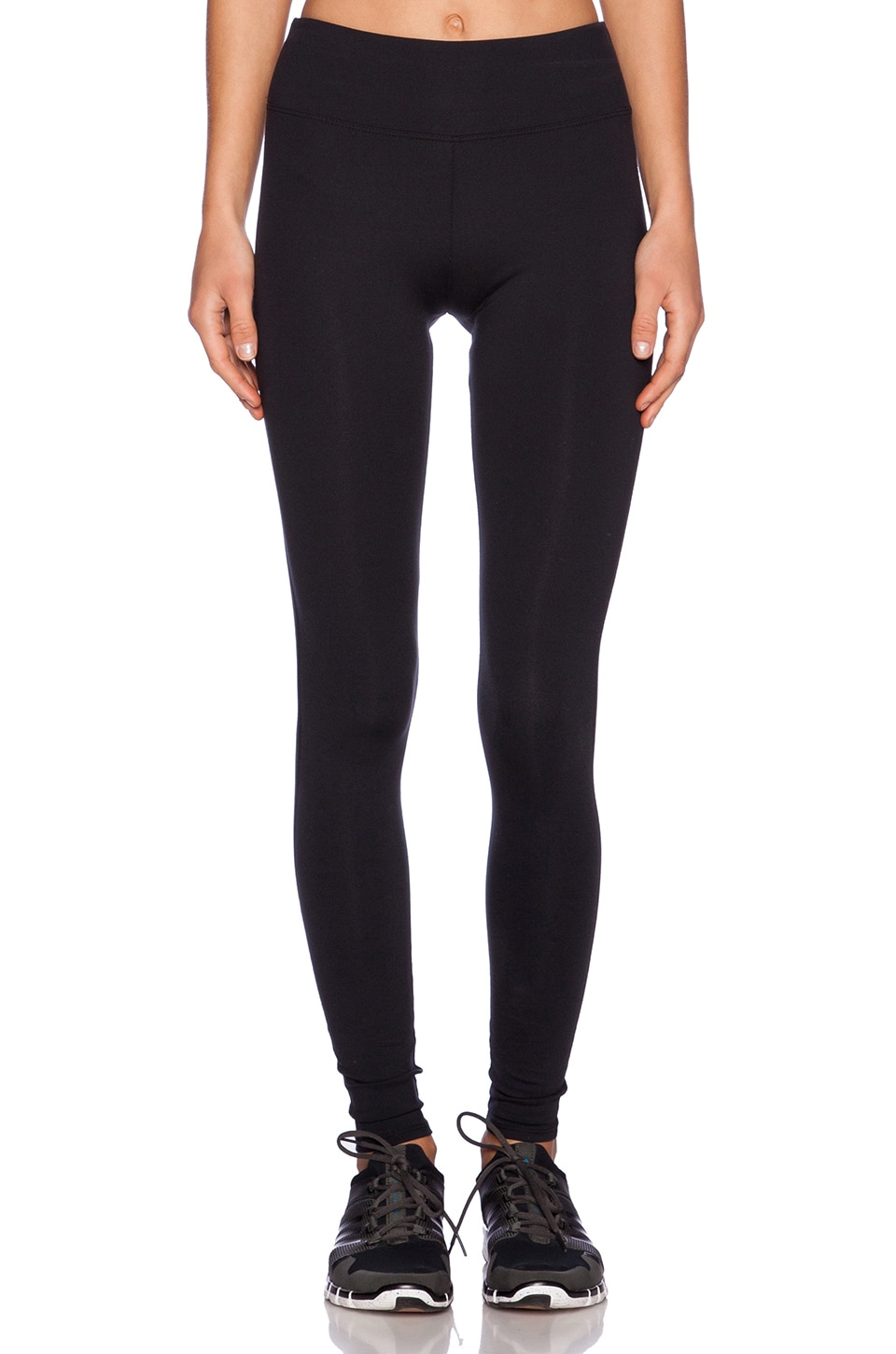 SOLOW Eclon High Impact Legging in Black