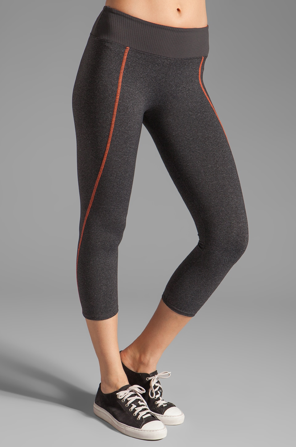 SOLOW High Impact Contrast Crop Legging in Heather Charcoal/Sunrise