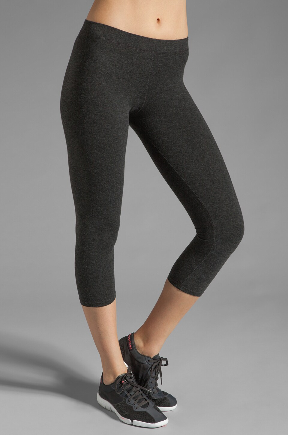 SOLOW Crop Legging in Heather Charcoal