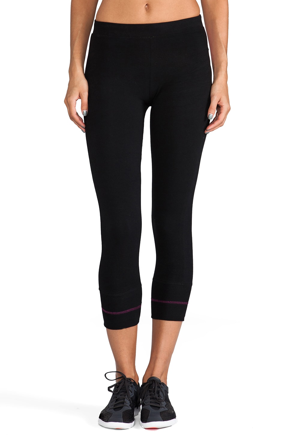 SOLOW 90/10 Crop Contrast Legging in Black/Flora/Hibiscus