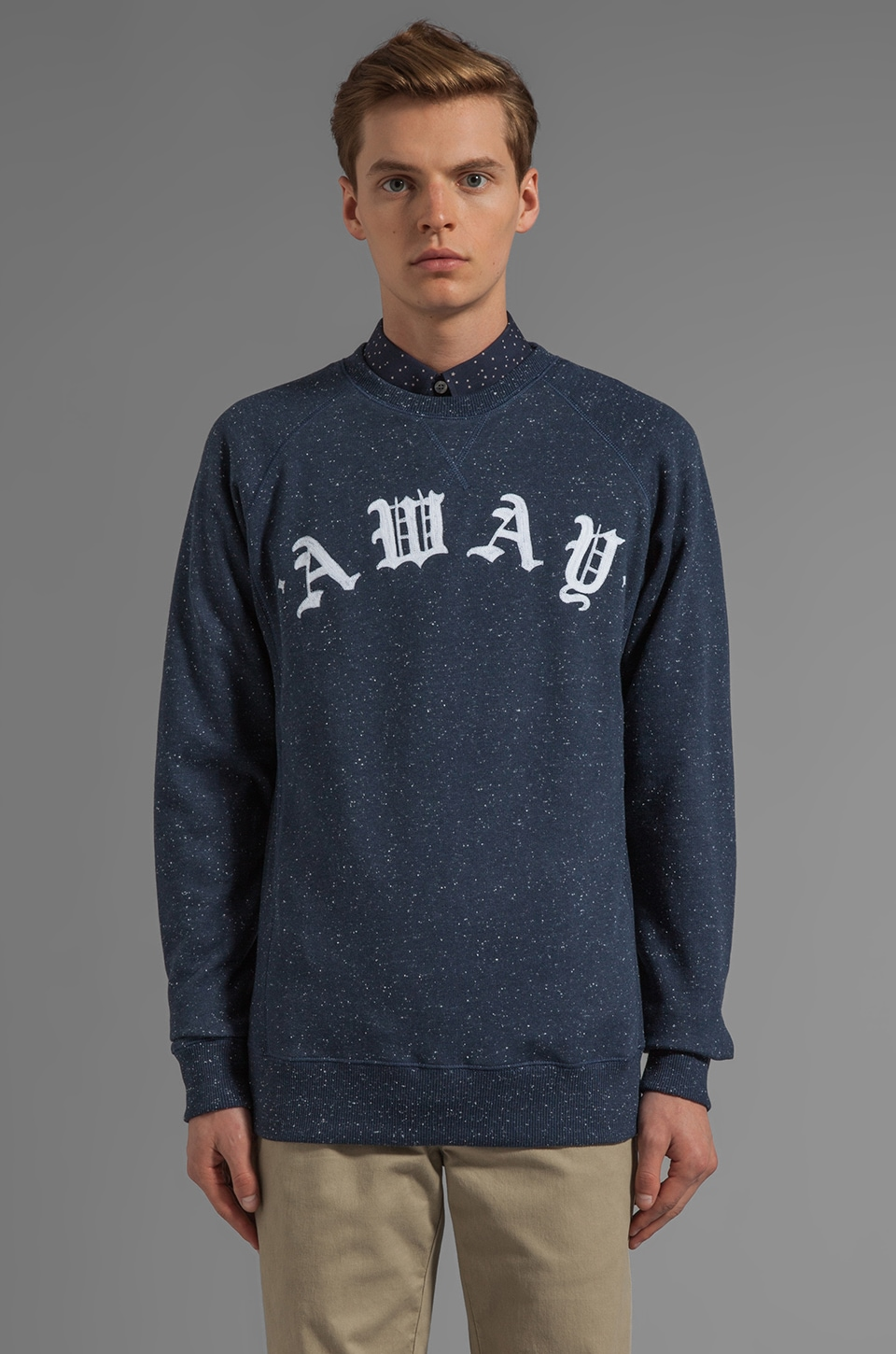 Soulland Away Raglan Sweatshirt in Navy/ White