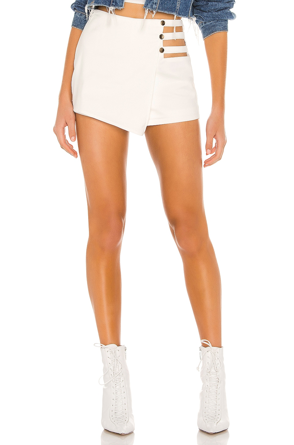 superdown Hillary Cut Out Skort in White
