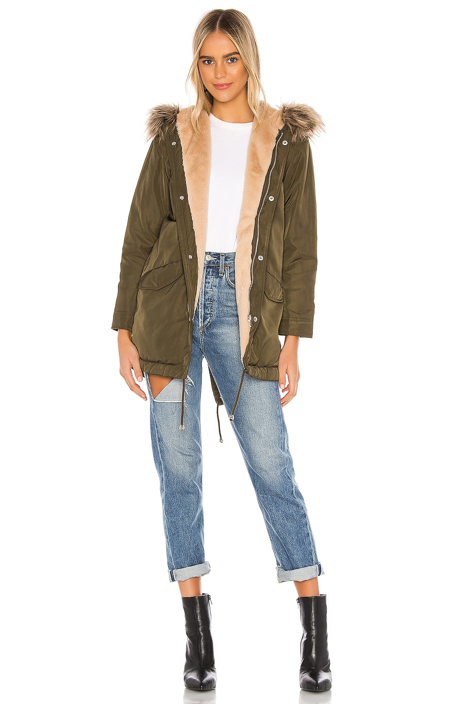 superdown Posh Faux Fur Parka in Army Green