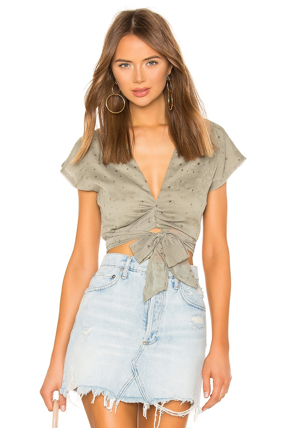 superdown Cici Tie Front Top in Olive & Gold