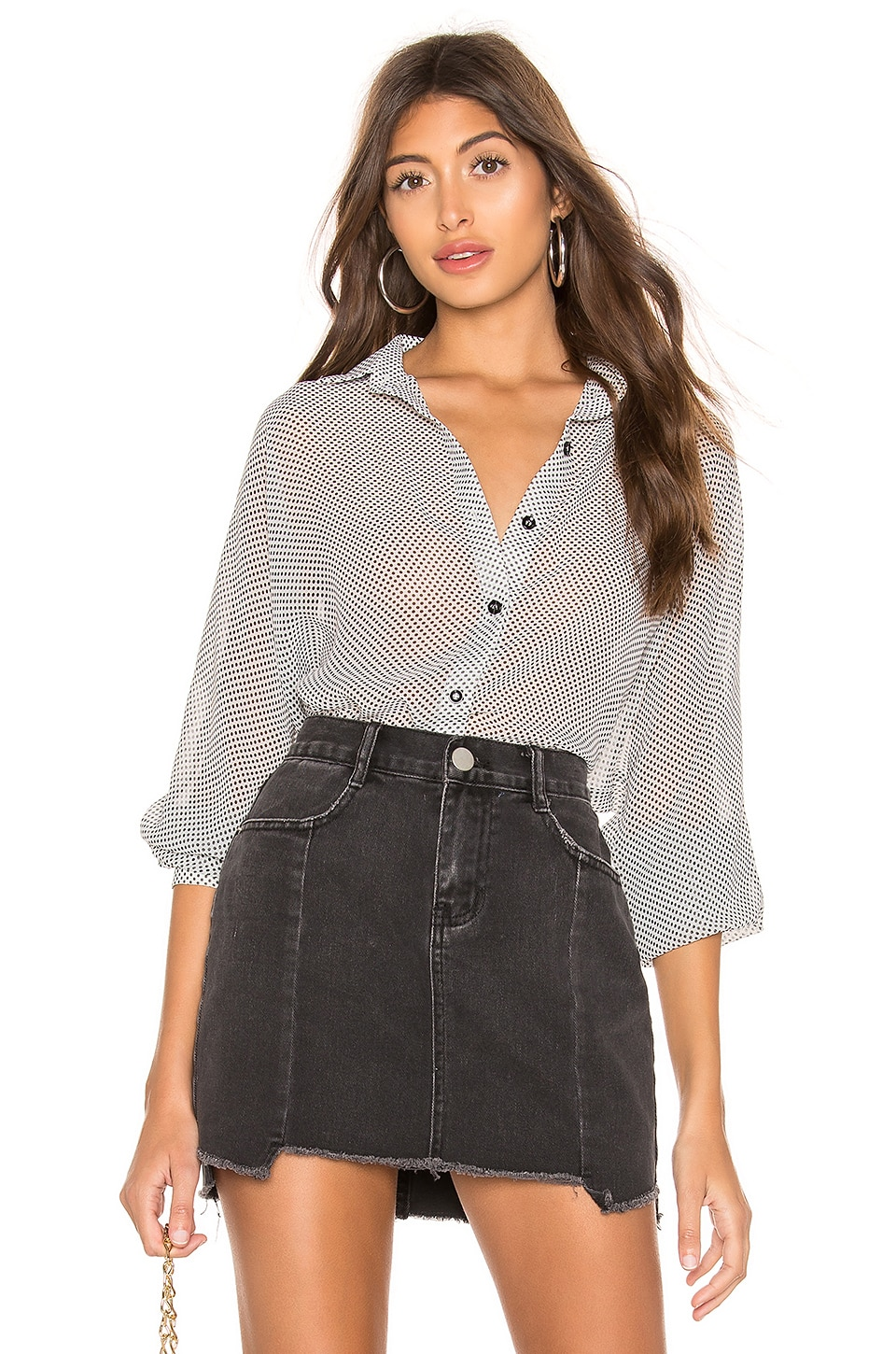 superdown Serena Dolman Sleeve Shirt in White & Black