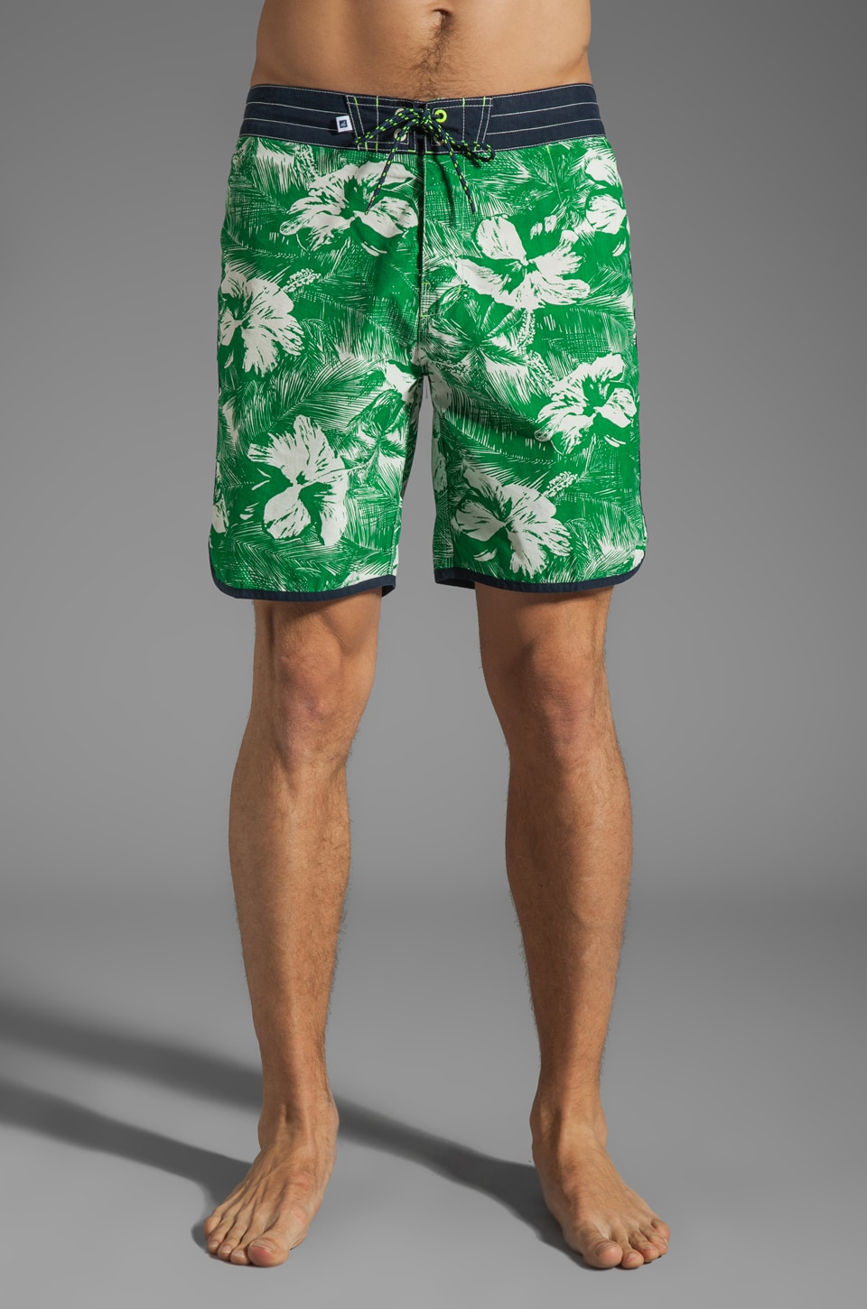 Sperry Top-Sider Tropical Hibiscus Boardshort in Kelly