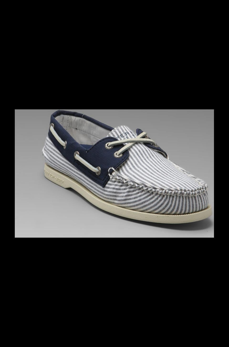 Sperry Top-Sider A/O 2-Eye Oxford Cloth in Navy Oxford