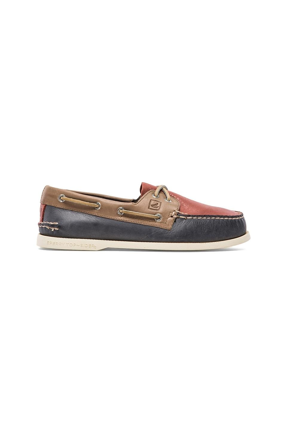 Sperry Top-Sider A/O 2-Eye Burnished in Blue & Red &Beige