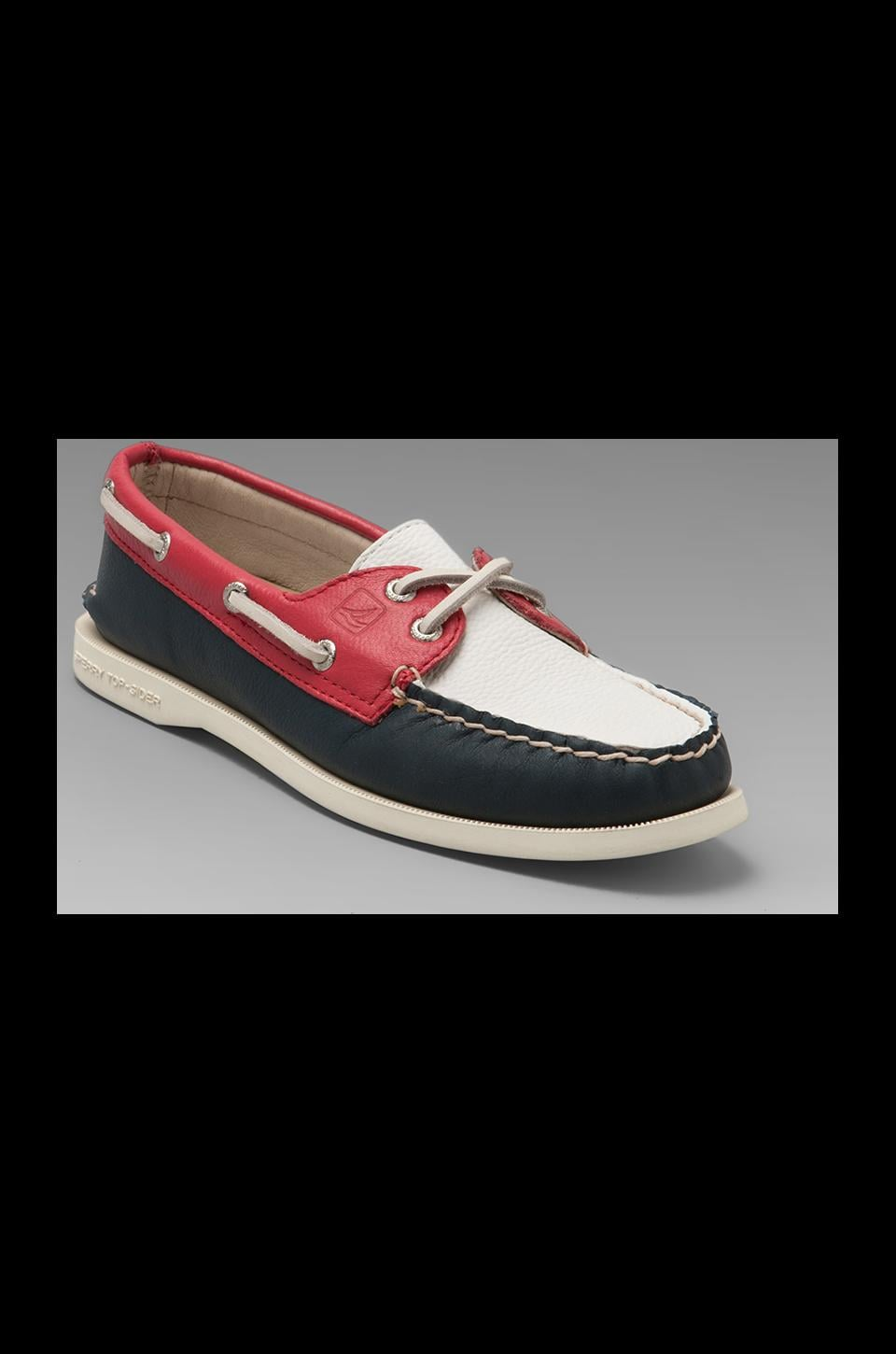 Sperry Top-Sider 2-Eye in Navy/Red/White