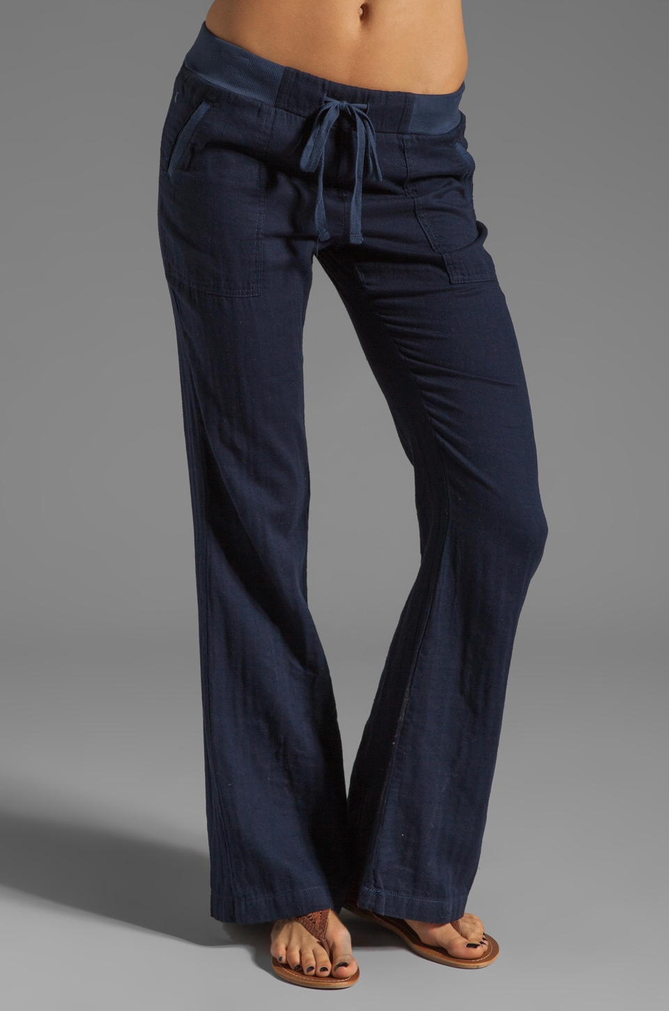 Splendid Double Cloth Pant in Navy