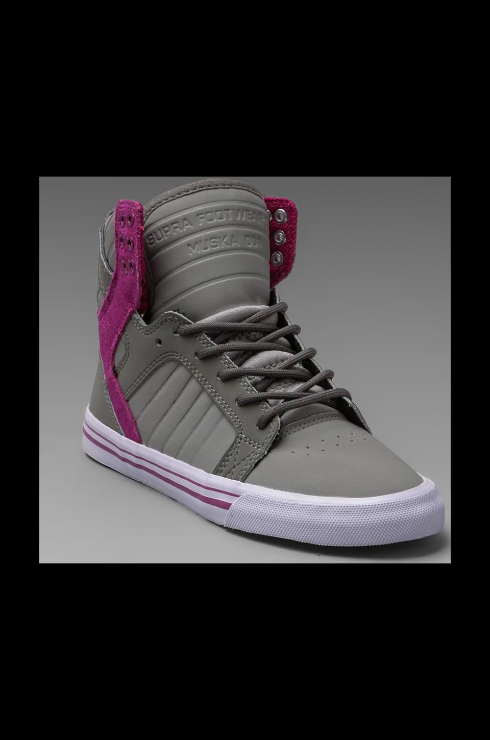 Supra Skytop Sneaker in Grey/Purple
