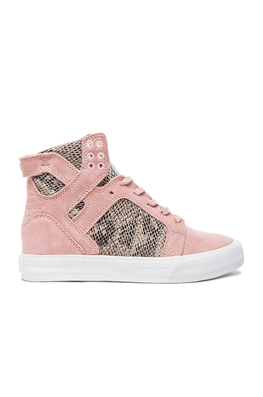 Supra x Elyse Walker Skytop Wedge Sneaker in Pink & Brown & White