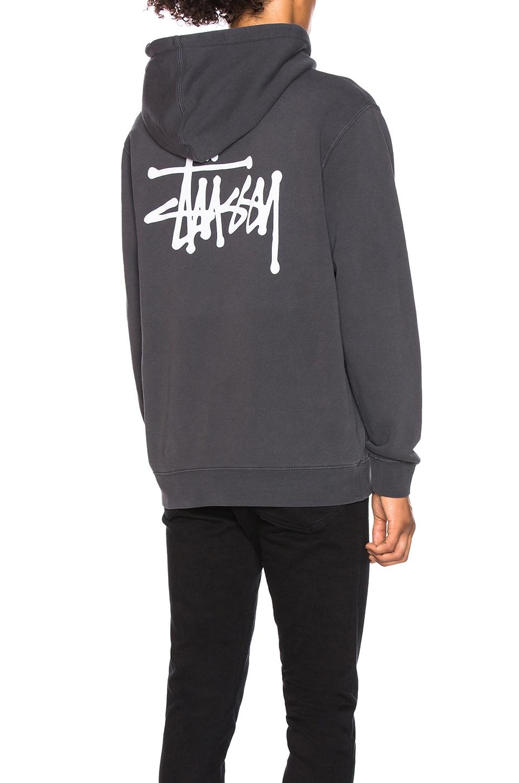 Stussy Basic Hoodie in Black