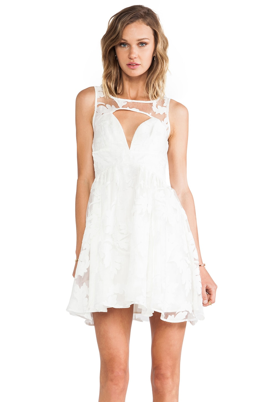 STYLESTALKER Prom Date Dress in Off White