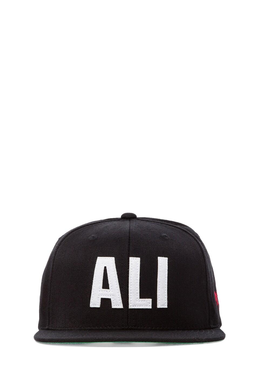 SSUR Ali Snapback in Black