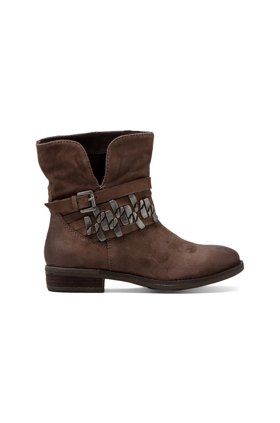 Steven Tracker Boot in Taupe Distressed Leather