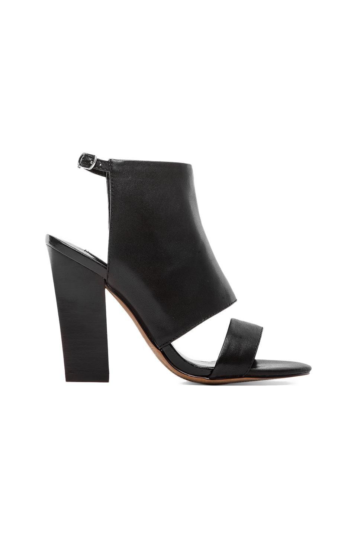 Steven City Sandal in Black