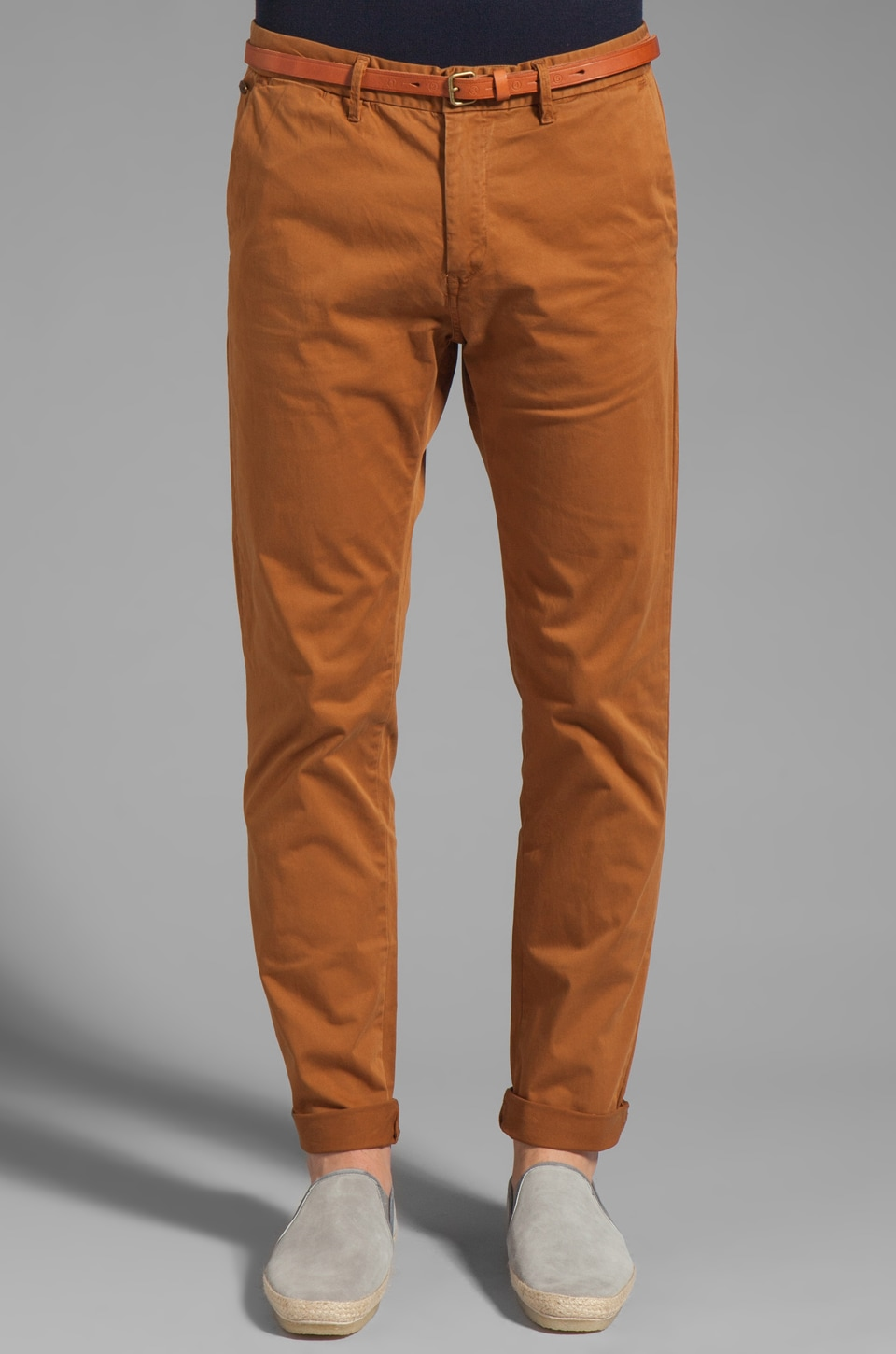 Scotch & Soda Belted Chino Pant in Walnut