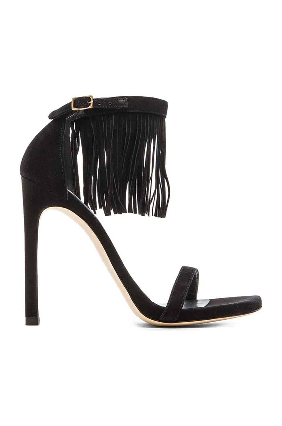 Stuart Weitzman Love fringe Heel in Black