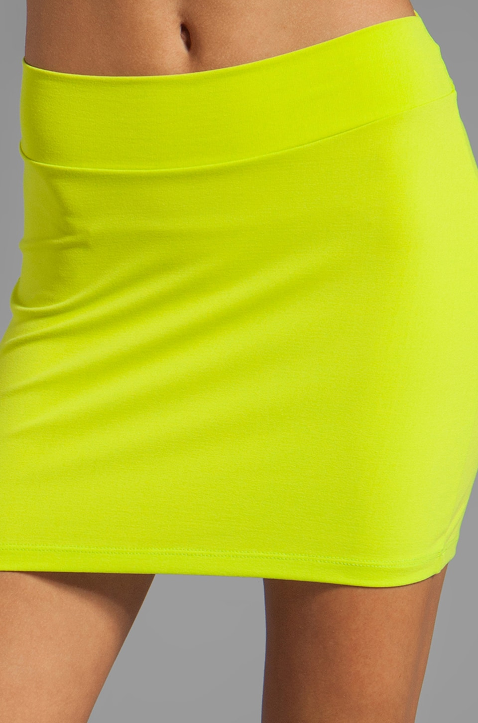 "Susana Monaco Slim Skirt 16"" in Pomelo"