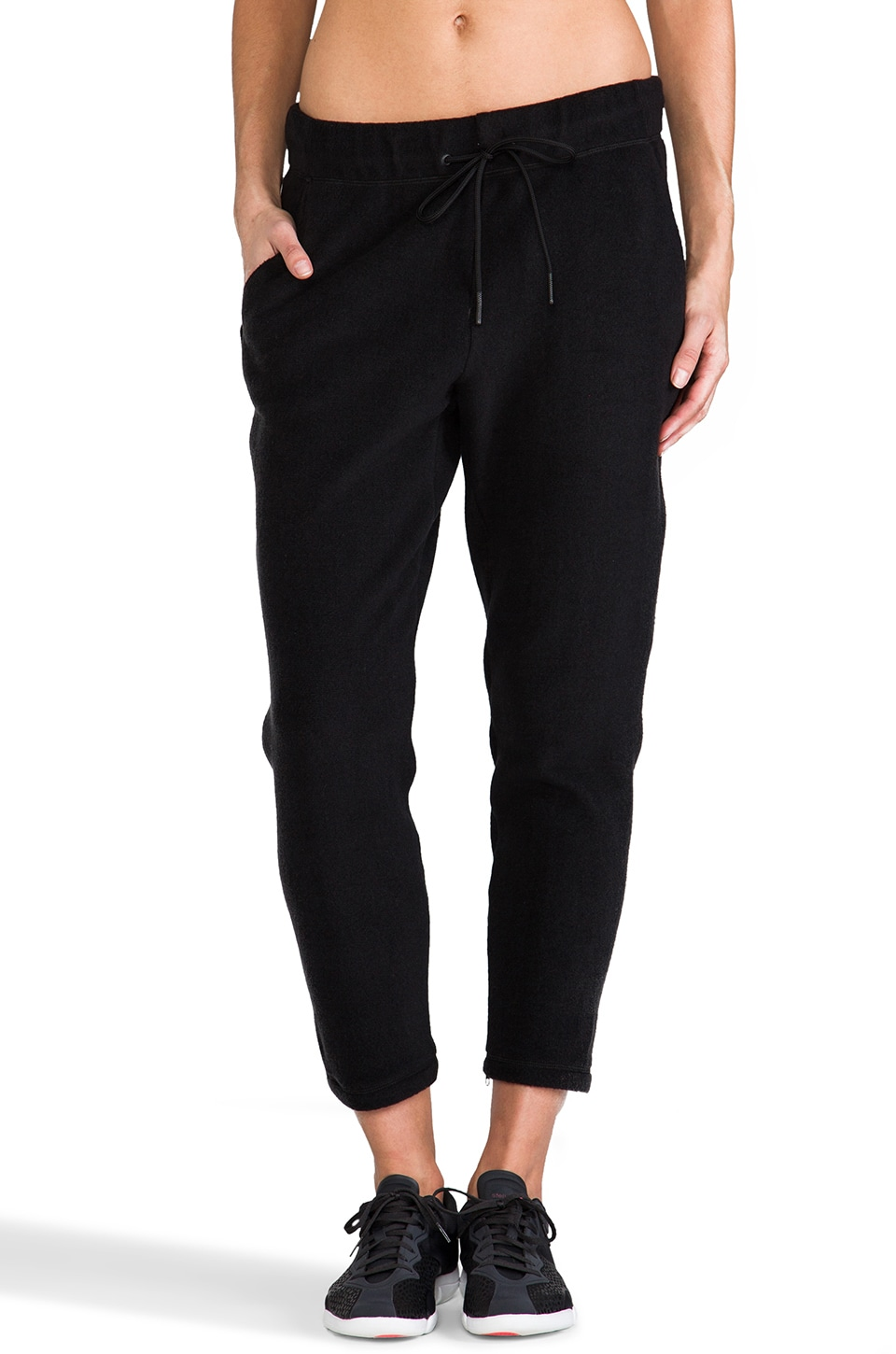 Theory 38 Roady Toto D Pants in Black