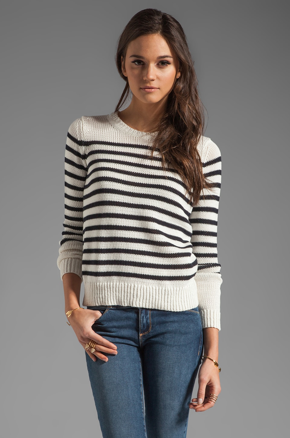 Theory Poised Saida Sweater Top in White/Navy