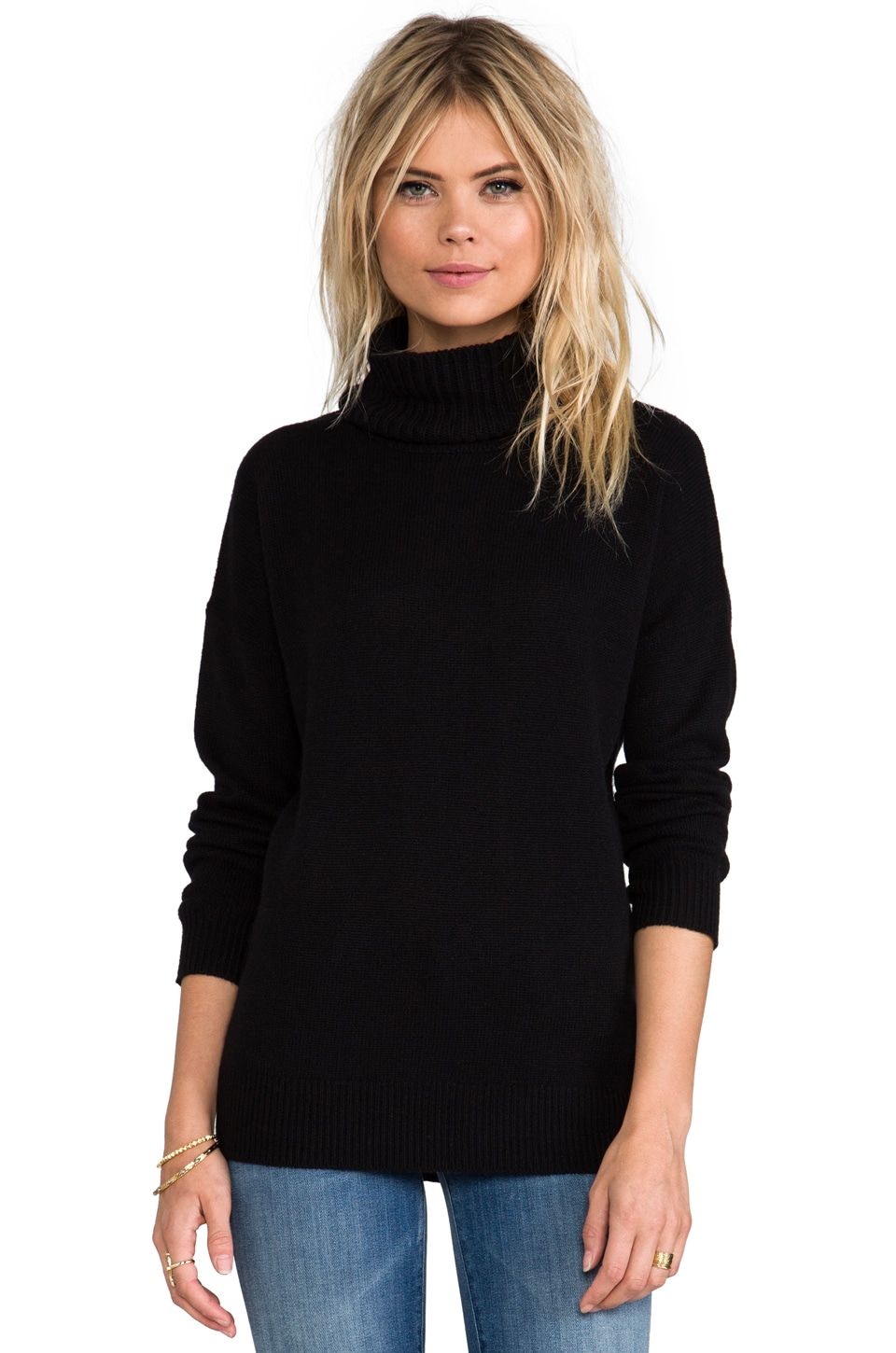 Theory Cashmere Dreeden Turtleneck in Black