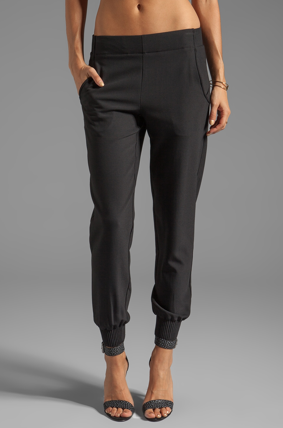 Theory Persha Slim Jogger Pant in Black
