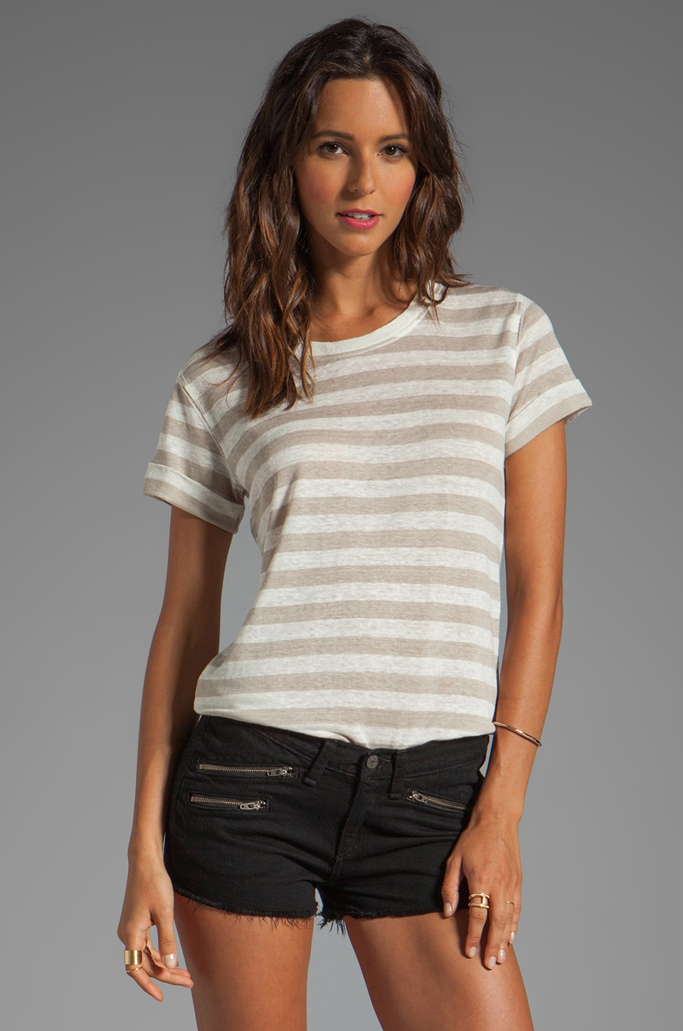 Theory Lisso Tee in Light Stone/Ivory