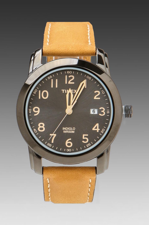 Timex in Black/Tan