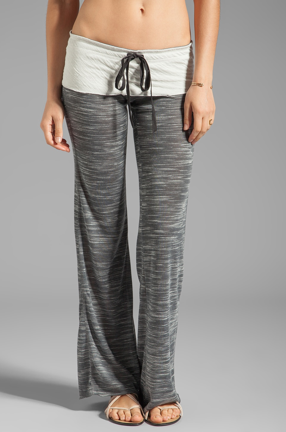 Tylie Wide Leg Space Dye Pant in Charcoal