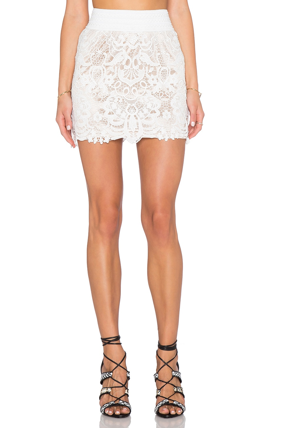 Toby Heart Ginger x Love Indie Fit For A Queen Skirt in White