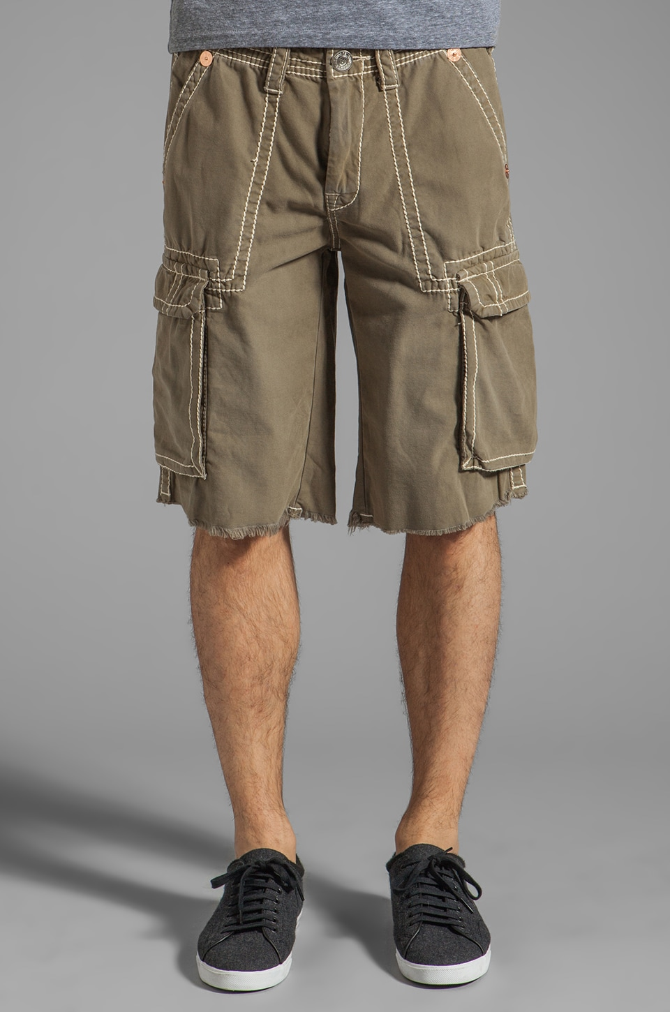 True Religion Issac Big T Cargo Shorts in Old Sage