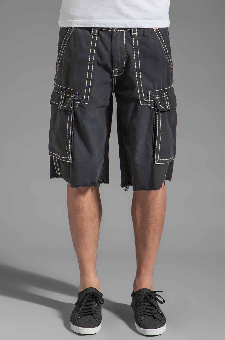True Religion Issac Big T Cargo Shorts in Navy
