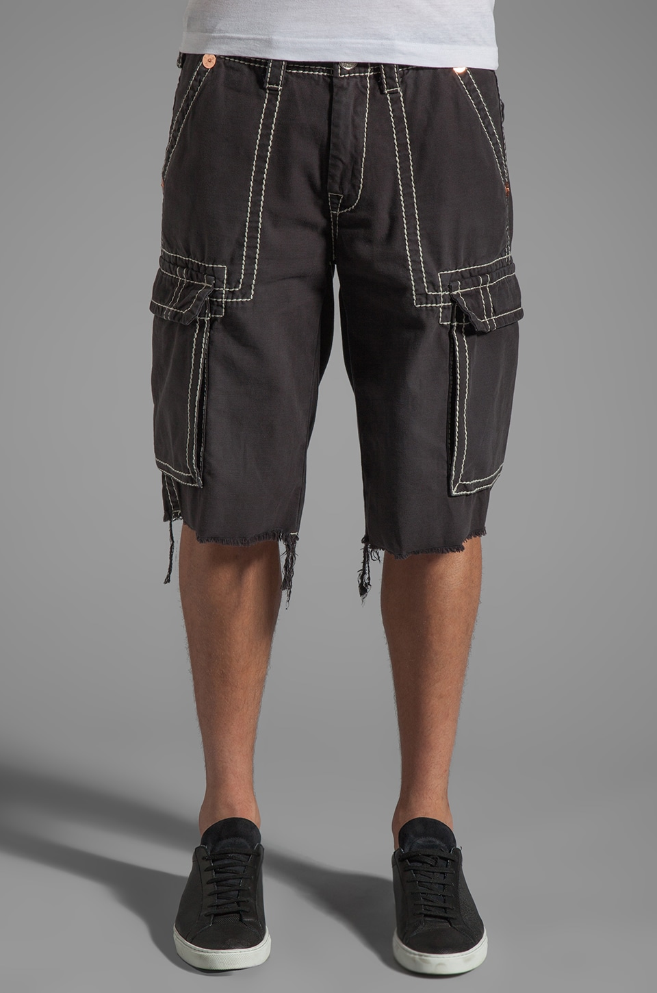 True Religion Isaac Cargo Short in Faded Black