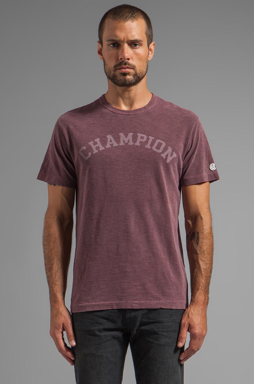 TODD SNYDER + Champion Champion Tee in Crimson