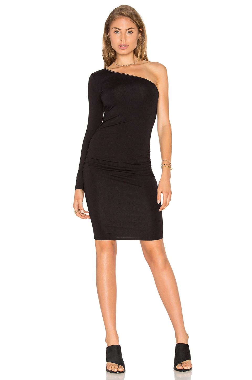 twenty One Shoulder Bodycon Dress in Black