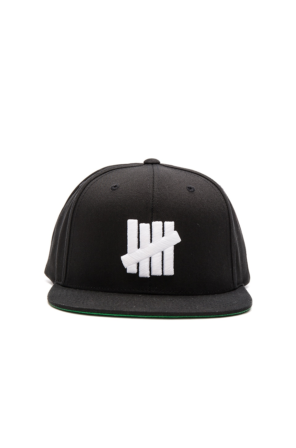 Undefeated 5 Strike SP15 Snapback in Black
