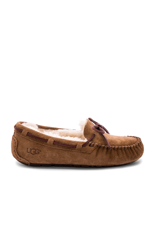 UGG Dakota Slipper in Chestnut