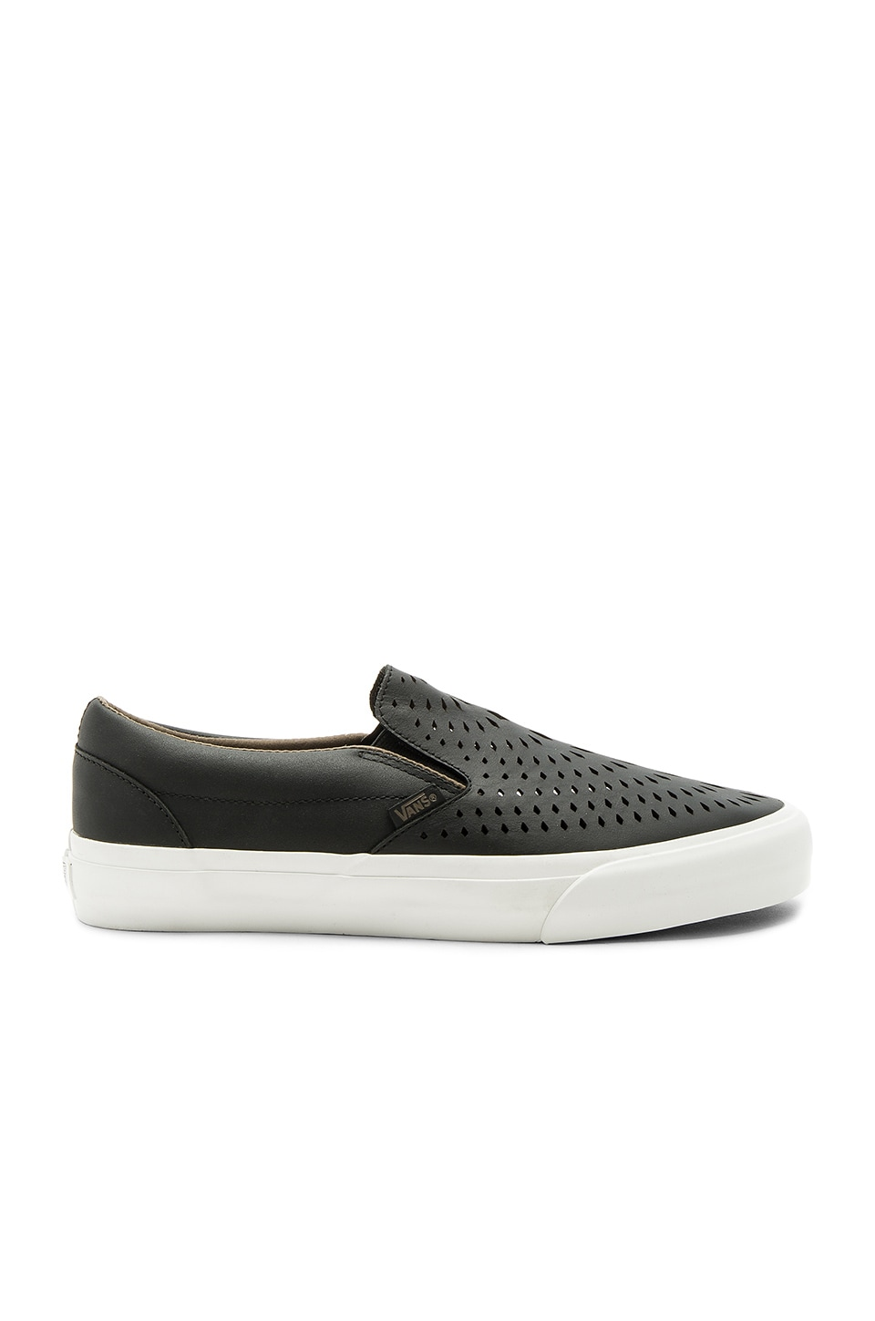 Classic Slip On DX by Vans