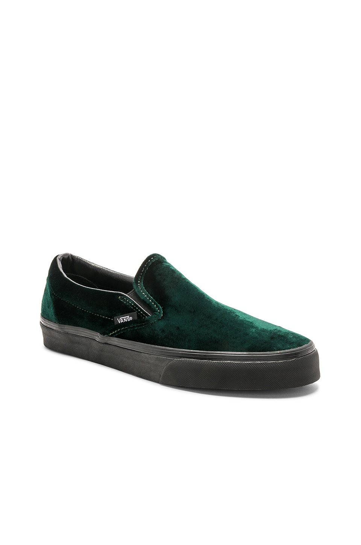 63178cc139dc Vans Velvet Classic Slip-On Velvet in Green   Black