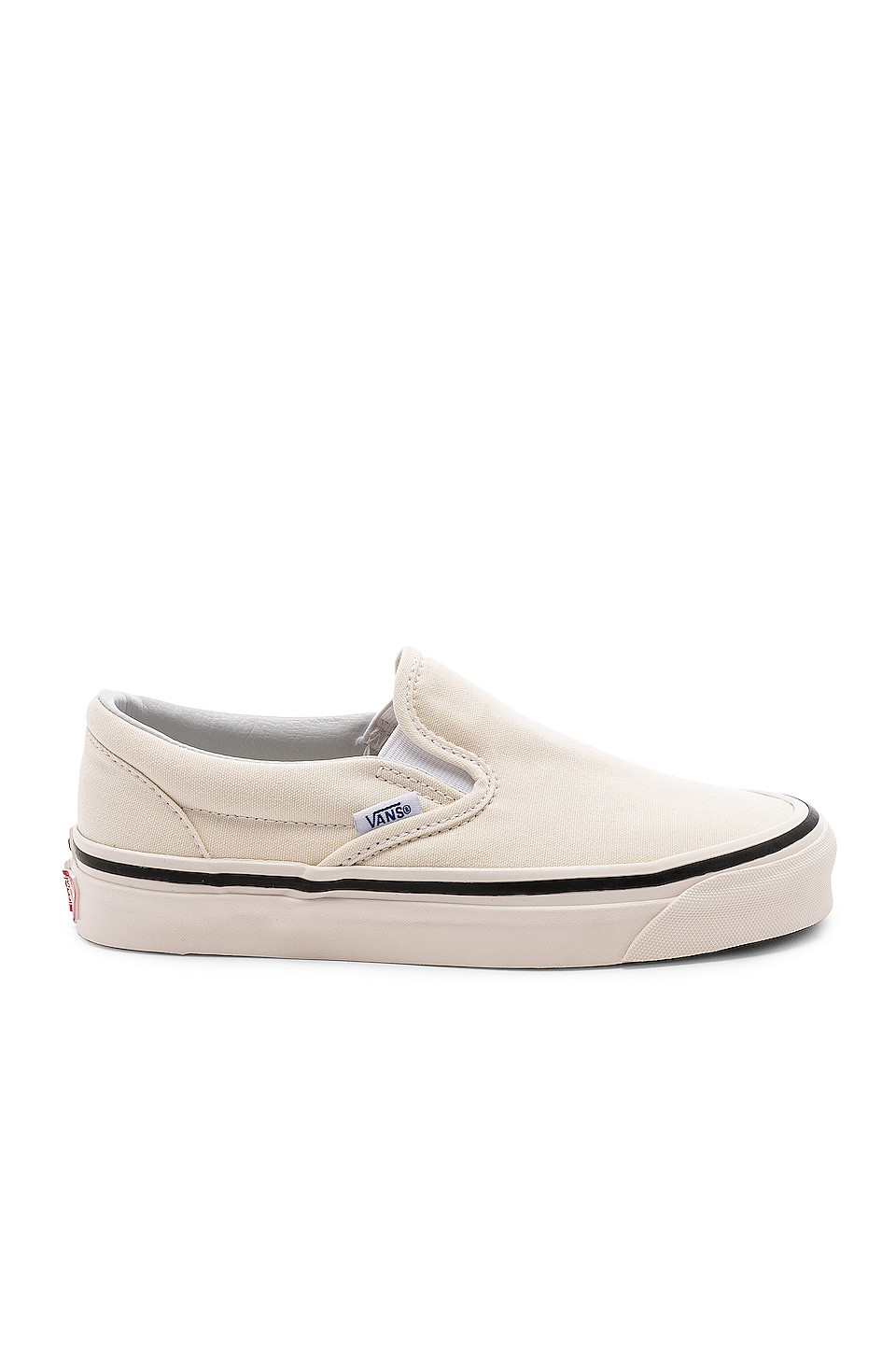 Vans Anaheim Classic Slip On 98 DX in OG White & White