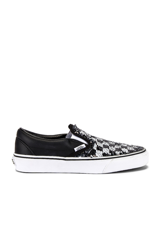 Vans Classic Slip-On in Checkerboard & Black