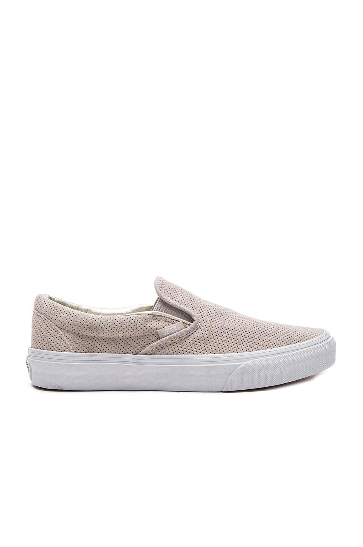8d9fca93ef Vans Classic Slip-on Sneaker in Silver Cloud   True White